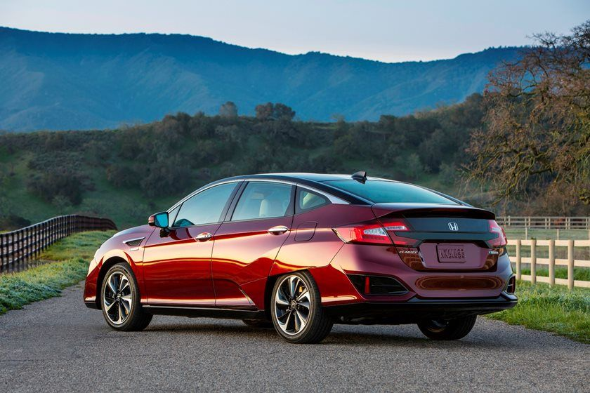2021 honda clarity fuel cell sedan price, review, ratings