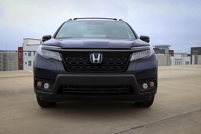 2021 Honda Passport SUV Front View
