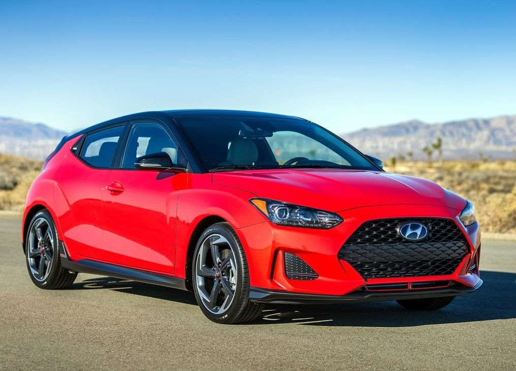 2020 Hyundai Veloster turbo R-Spec front view