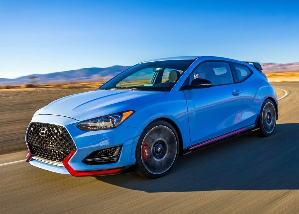 2020 yundai Veloster N front three quater angle