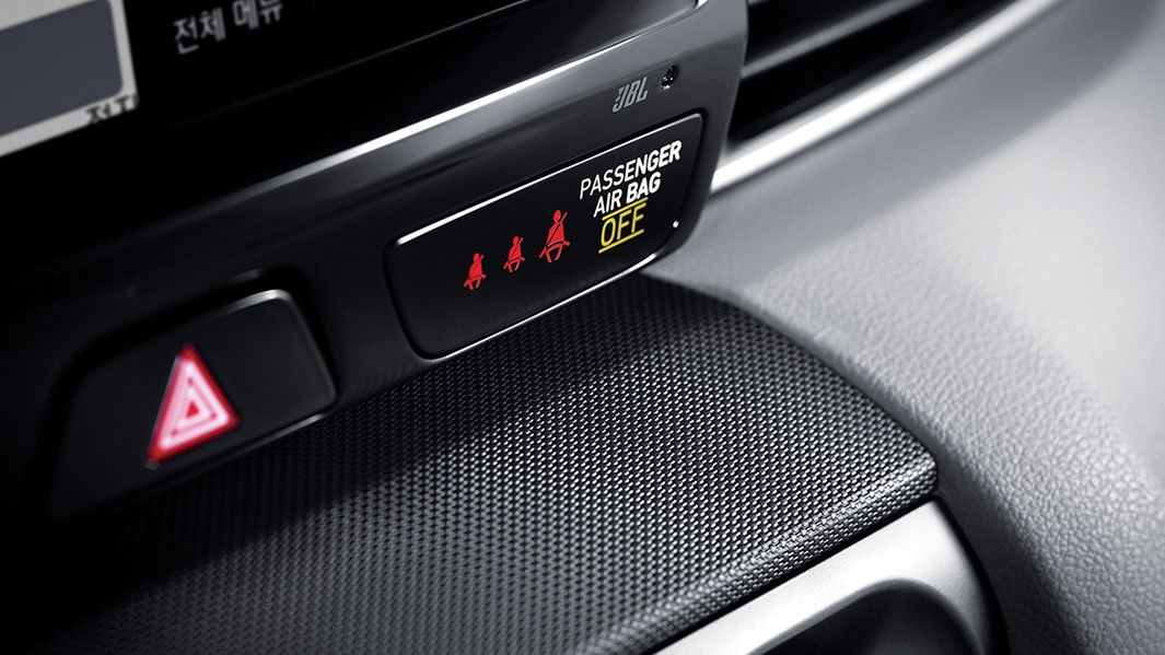 2020 Hyundai Veloster N passenger safety buttons