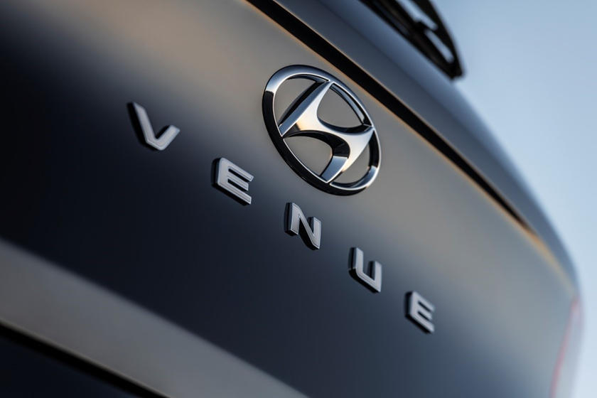 2020 Hyundai Venue SUV Badge