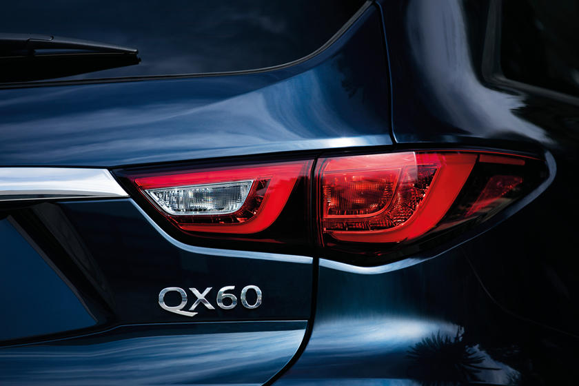 2020 Infiniti QX60 SUV Badge