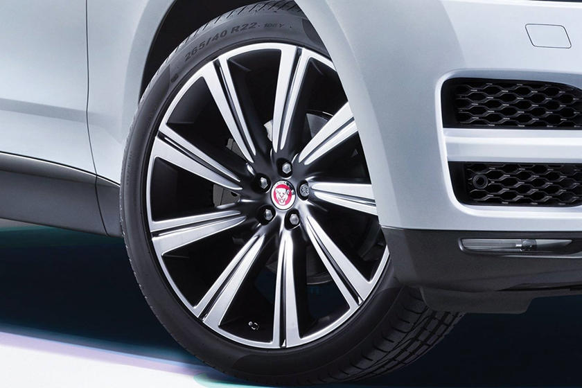 2020 Jaguar F-PACE SUV Wheel