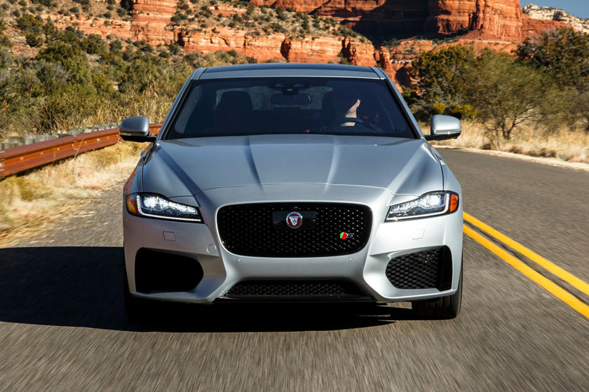 2021 Jaguar XF Sedan front view