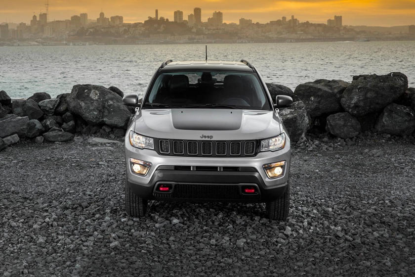 2021 Jeep Compass SUV Front View