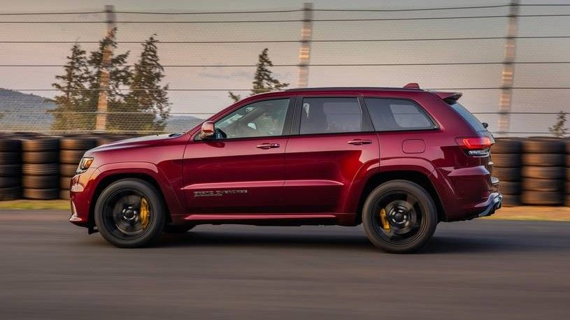 2020 Jeep Grand Cherokee Trackhawk Side view