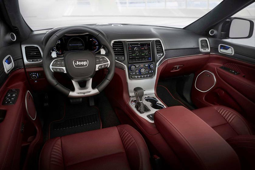 2020 Jeep Grand Cherokee SRT SUV Dashboard