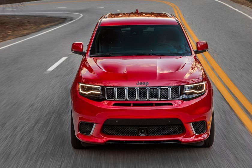2020 Jeep Grand Cherokee SRT SUV Front View