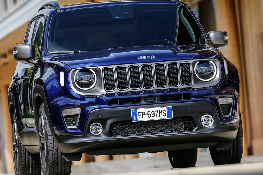 2019 Jeep renegade suv front view