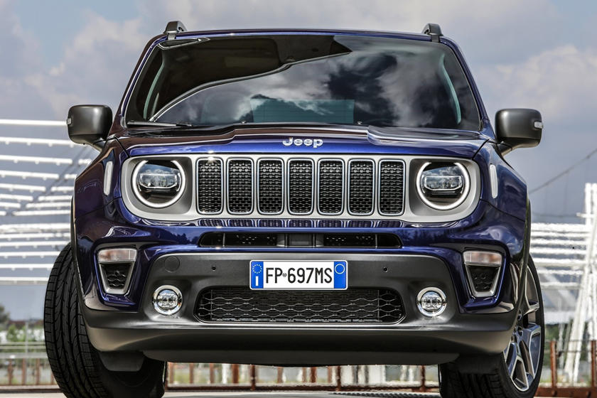 2020 Jeep Renegade SUV Front View