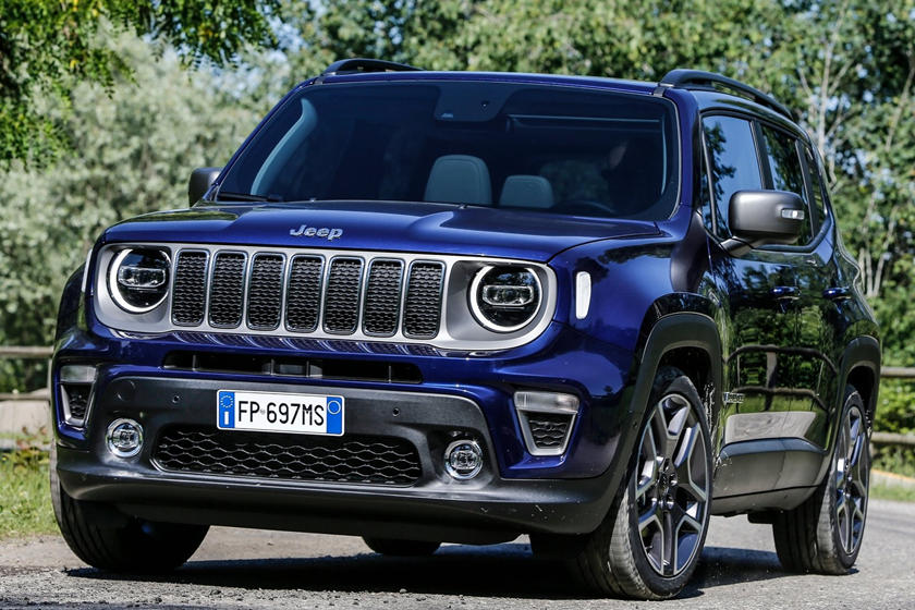 2021 Jeep Renegade SUV front view
