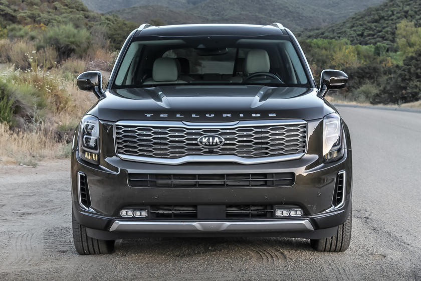 The Telluride flaunts a chrome Kia Tiger Nose Grille