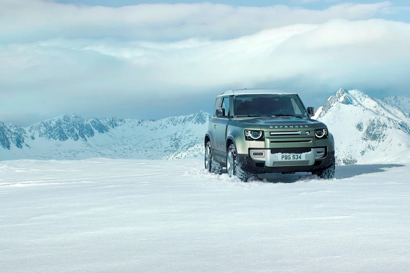 2020 Land Rover Defender SUV front view