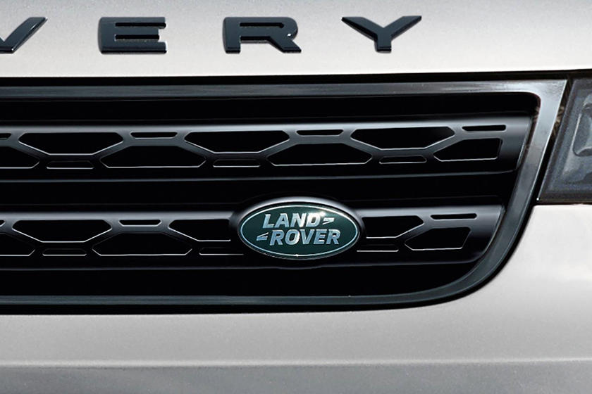 2020 Land Rover Discovery SUV Badge