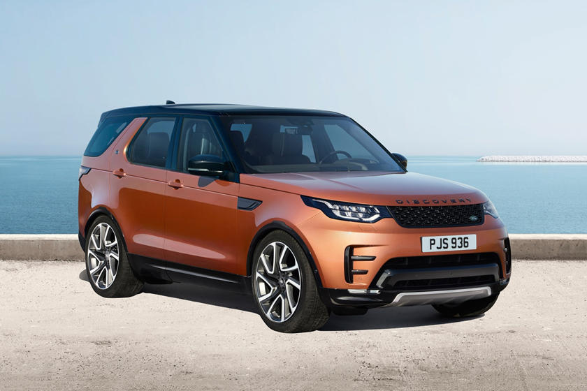 2020 Land Rover Discovery SUV Front View