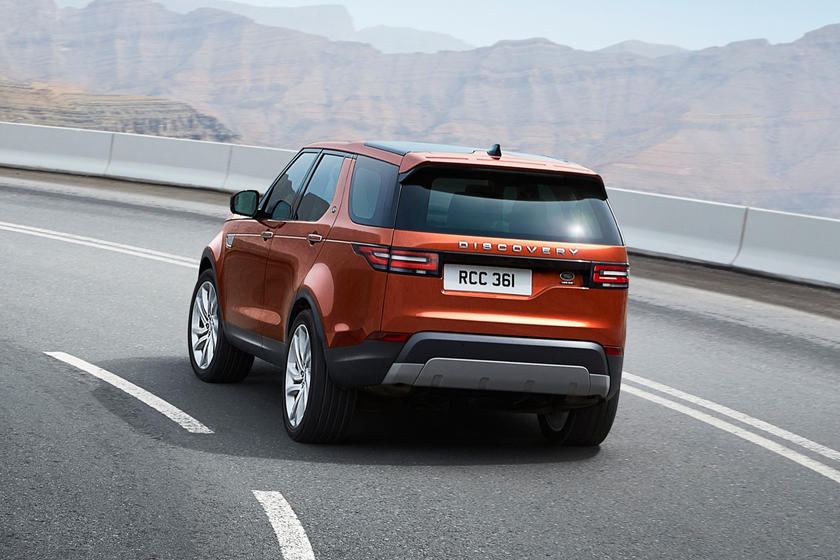 2020 Land Rover Discovery SUV Rear View
