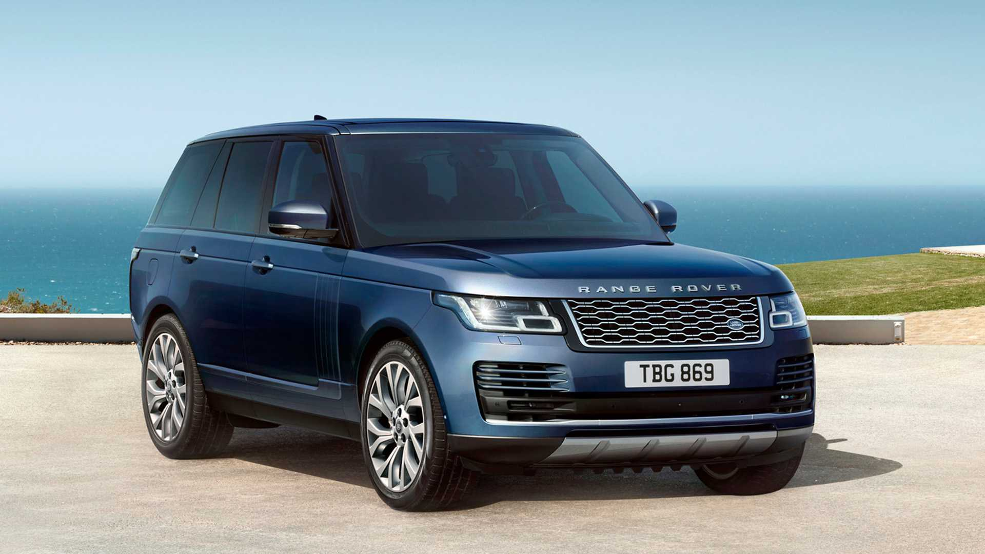 2021 Land Rover Range Rover SUV 3 Quarter Front View