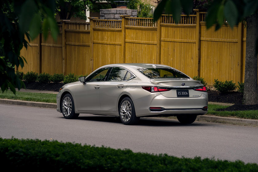 2020 Lexus ES hybrid rear view