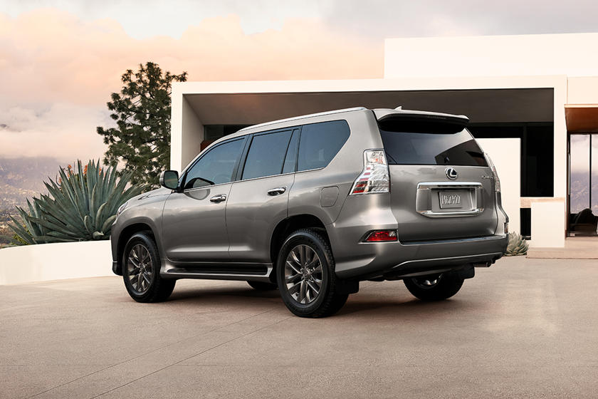 2020 Lexus GX 460 SUV Rear View
