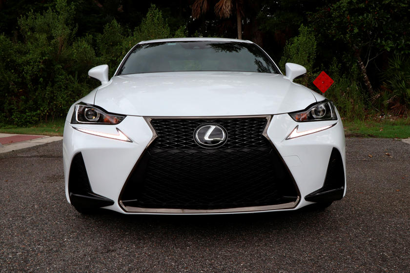 2018 Lexus IS 300 Sedan front view