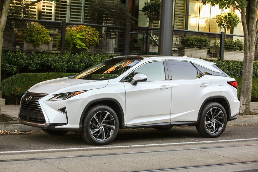 2020 Lexus RX 350L side view