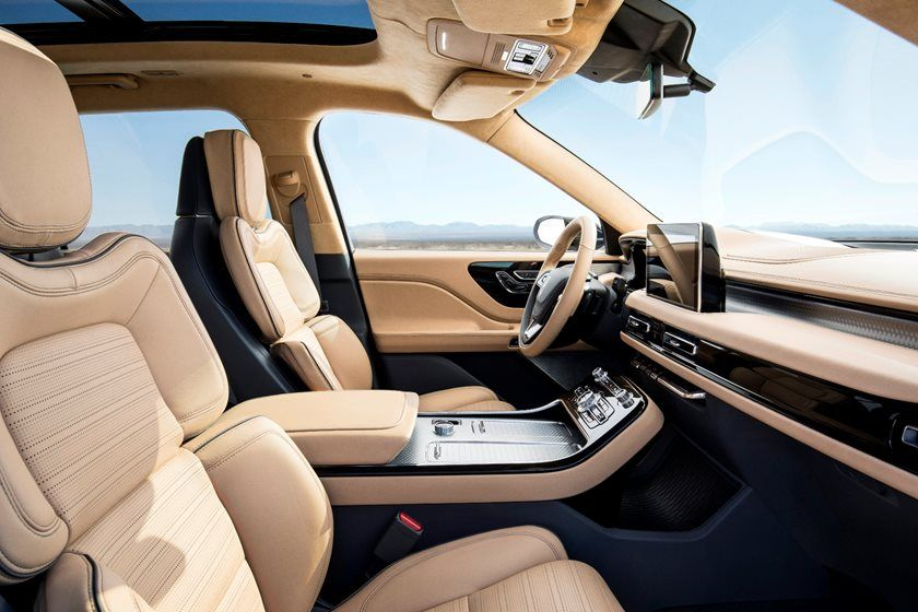 2020 Lincoln Aviator SUV Front Seats