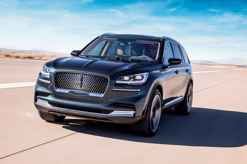 2020 Lincoln Aviator SUV Front Side