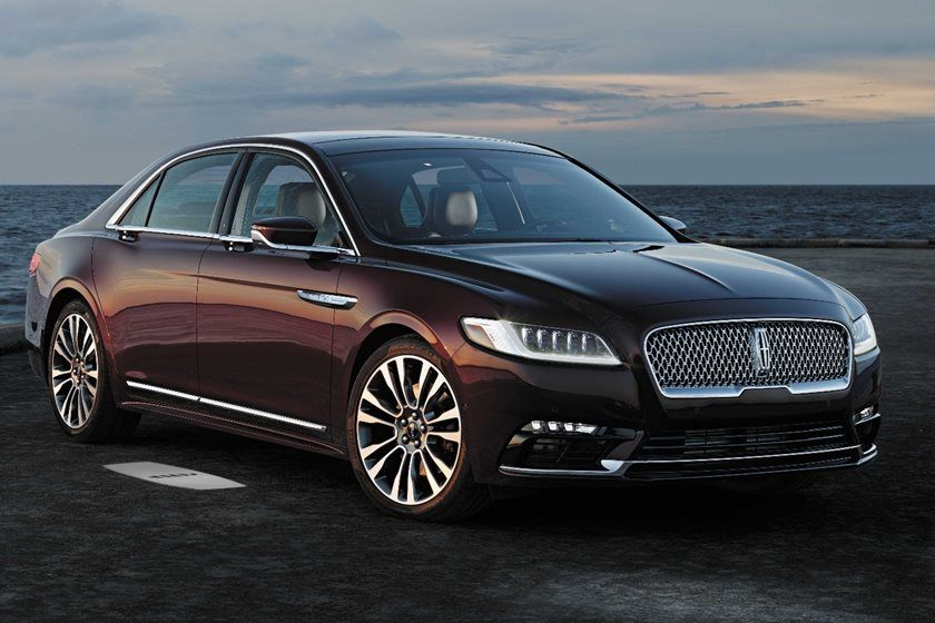 2020 Lincoln Continental Sedan Front View