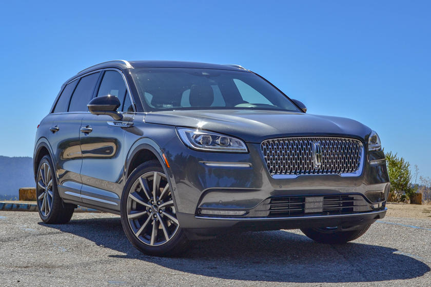 2020 Lincoln Corsair SUV Front View