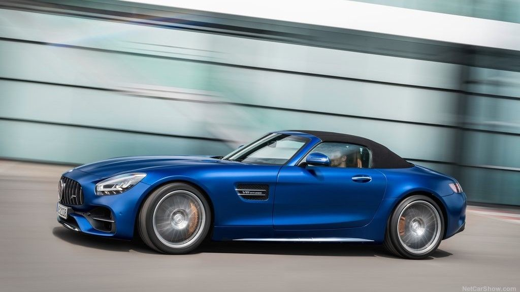 2020 Mercedes-Benz AMG GT C Convertible Side View