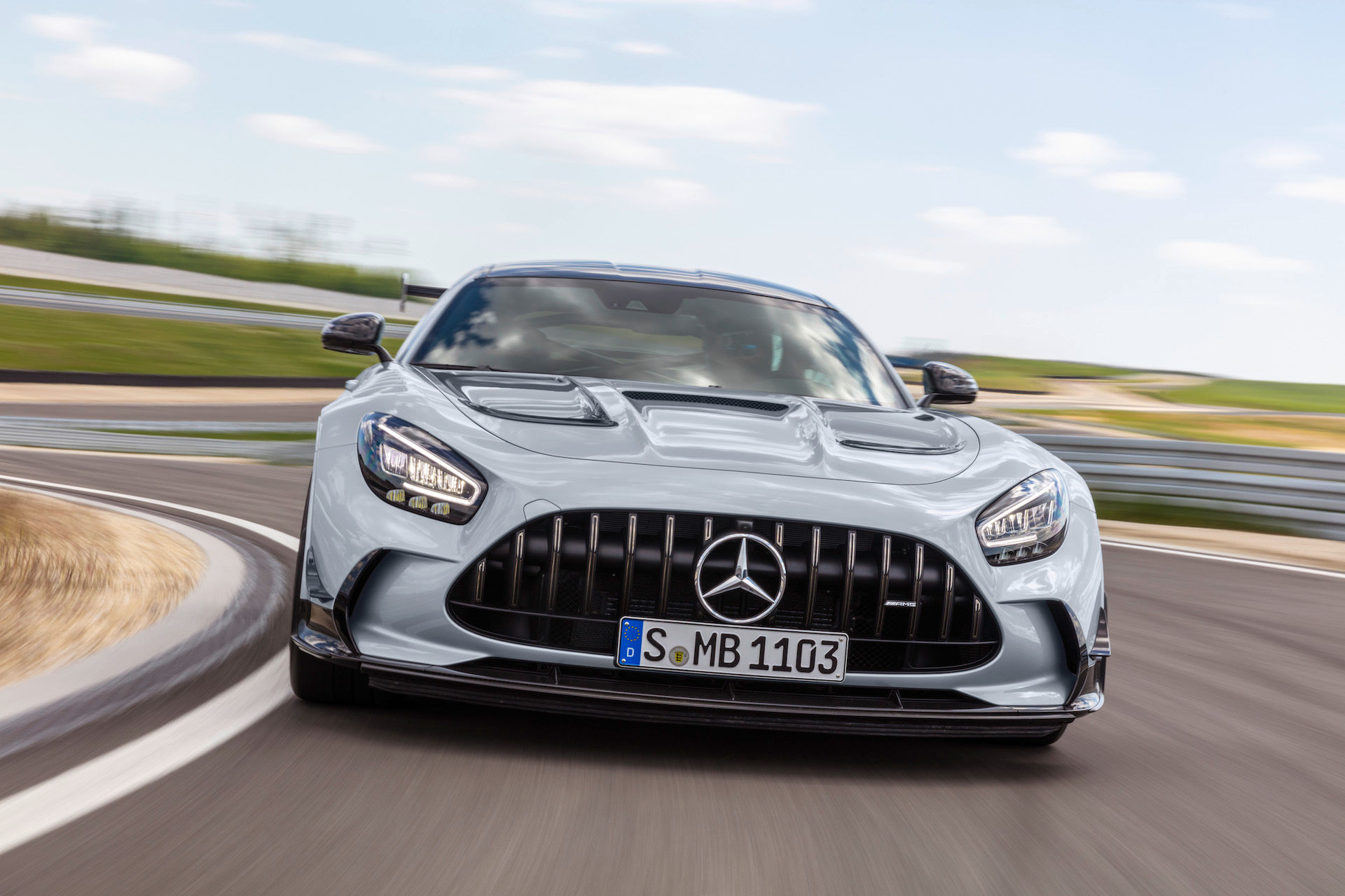 2021 Mercedes-Benz AMG GT Coupe front view