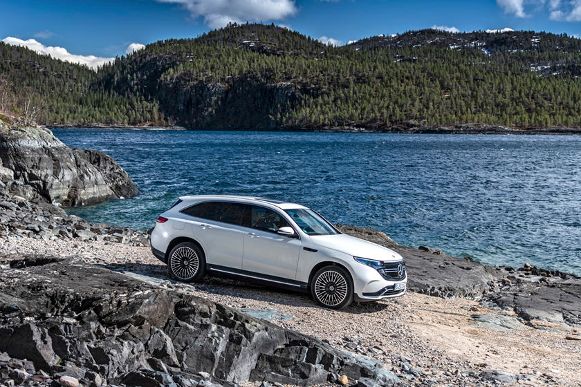 2020 Mercedes- Benz EQC SUV Side View