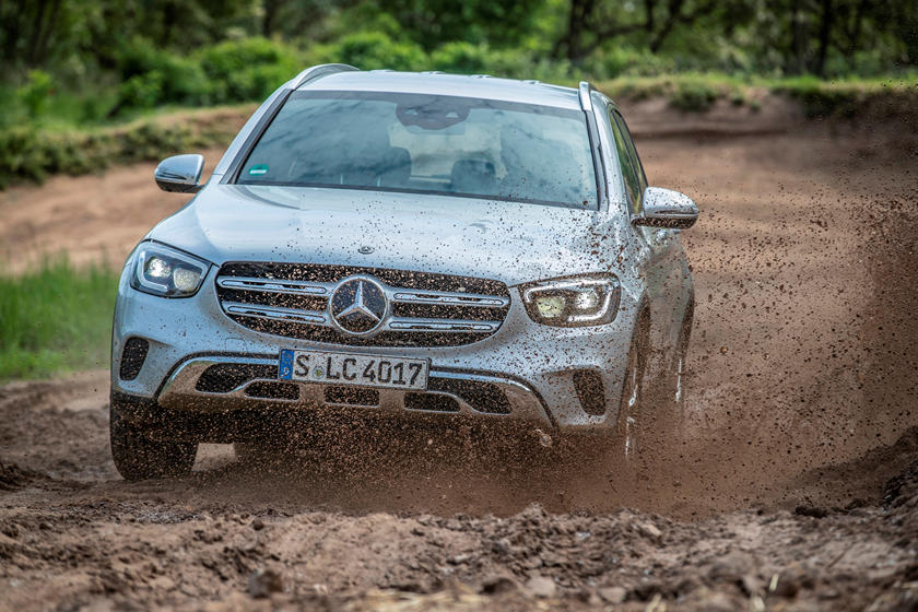 2021 Mercedes-Benz GLC-Class SUV front view