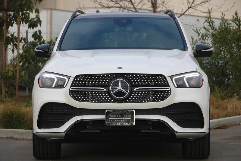 2021 Mercedes-Benz GLE 580 SUV front view