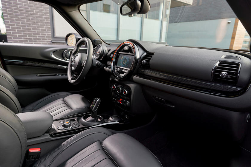 2020 Mini Clubman Hatchback Dashboard