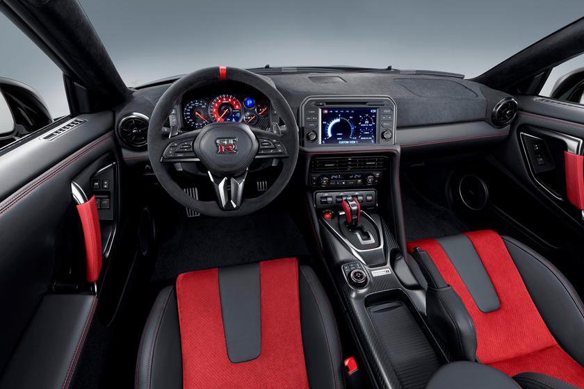 2020 Nissan GT-R NISMO Coupe Dashboard