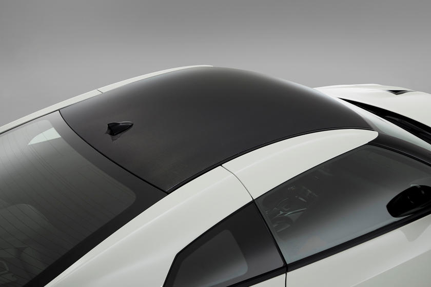 2020 Nissan GT-R NISMO Coupe Roof