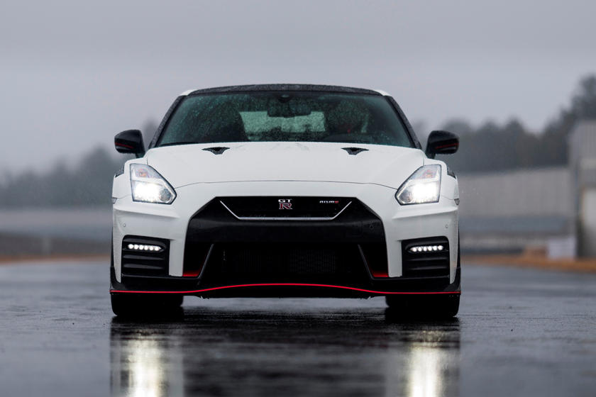 2020 Nissan GT-R NISMO Coupe Front view