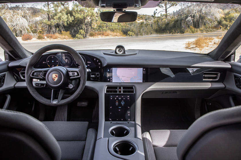 2020 Porsche Taycan 4S Sedan Dashboard