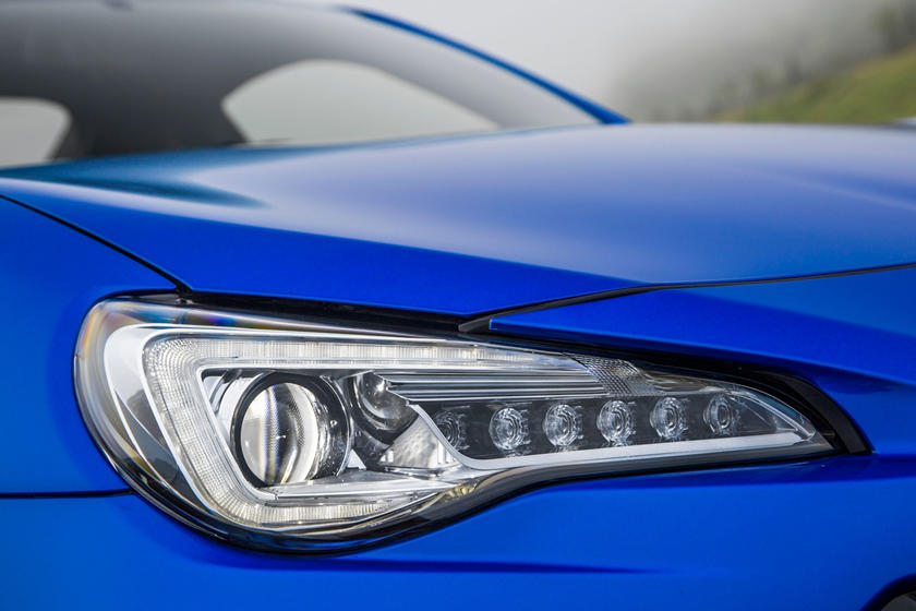 2020 Subaru BRZ headlight