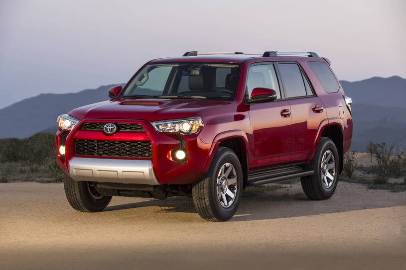2020 Toyota 4Runner TRD SUV Front View