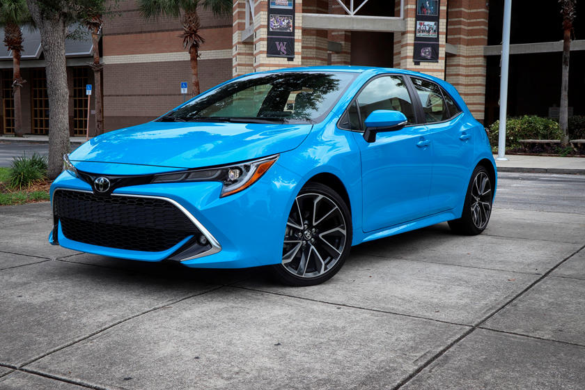 2020 Toyota Corolla Hatchback 3rd quarter view