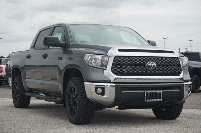 2021 Toyota tundra crewmax front HD wallpaper