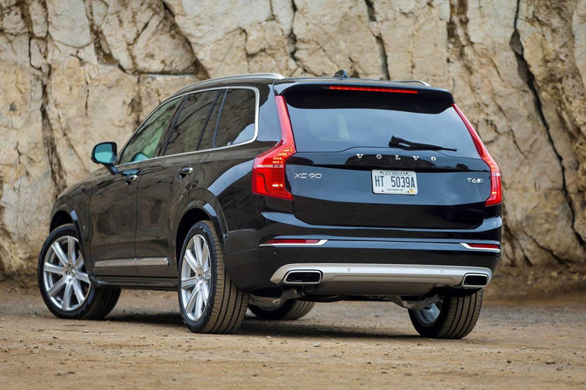 2021 Volvo XC90 Rear View