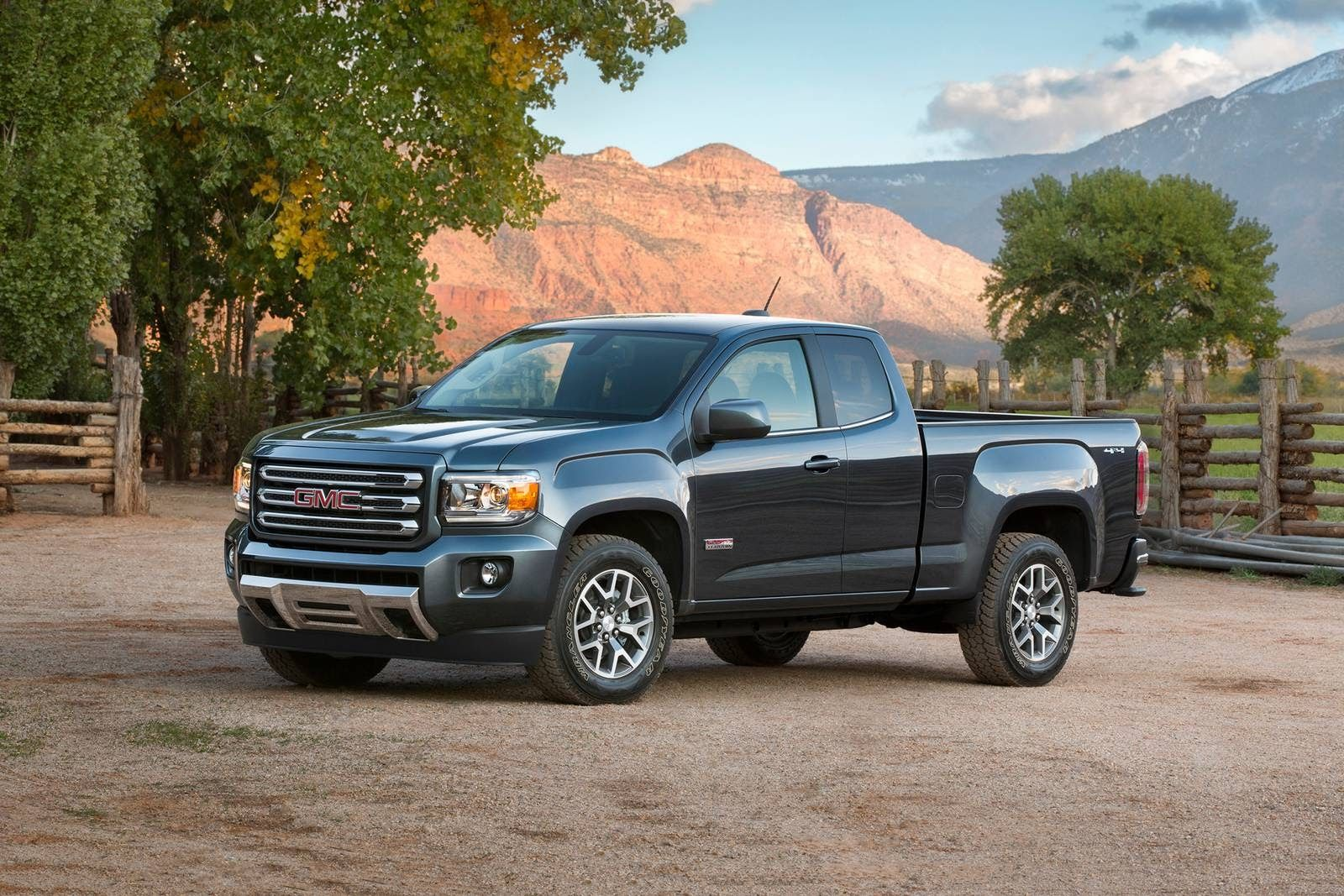 2021 GMC Canyon Pictures