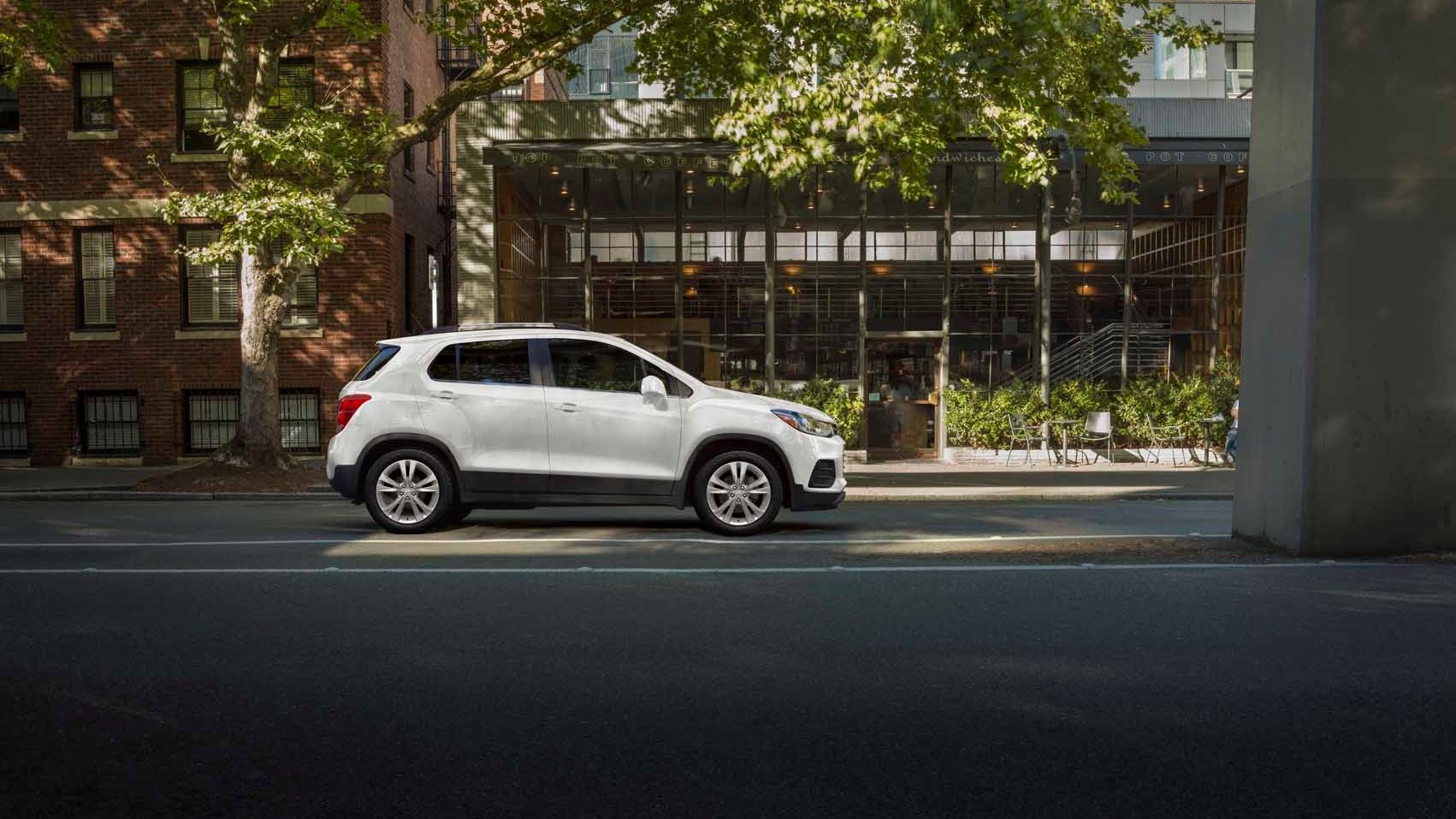 2021 chevrolet trax review ratings mpg and prices
