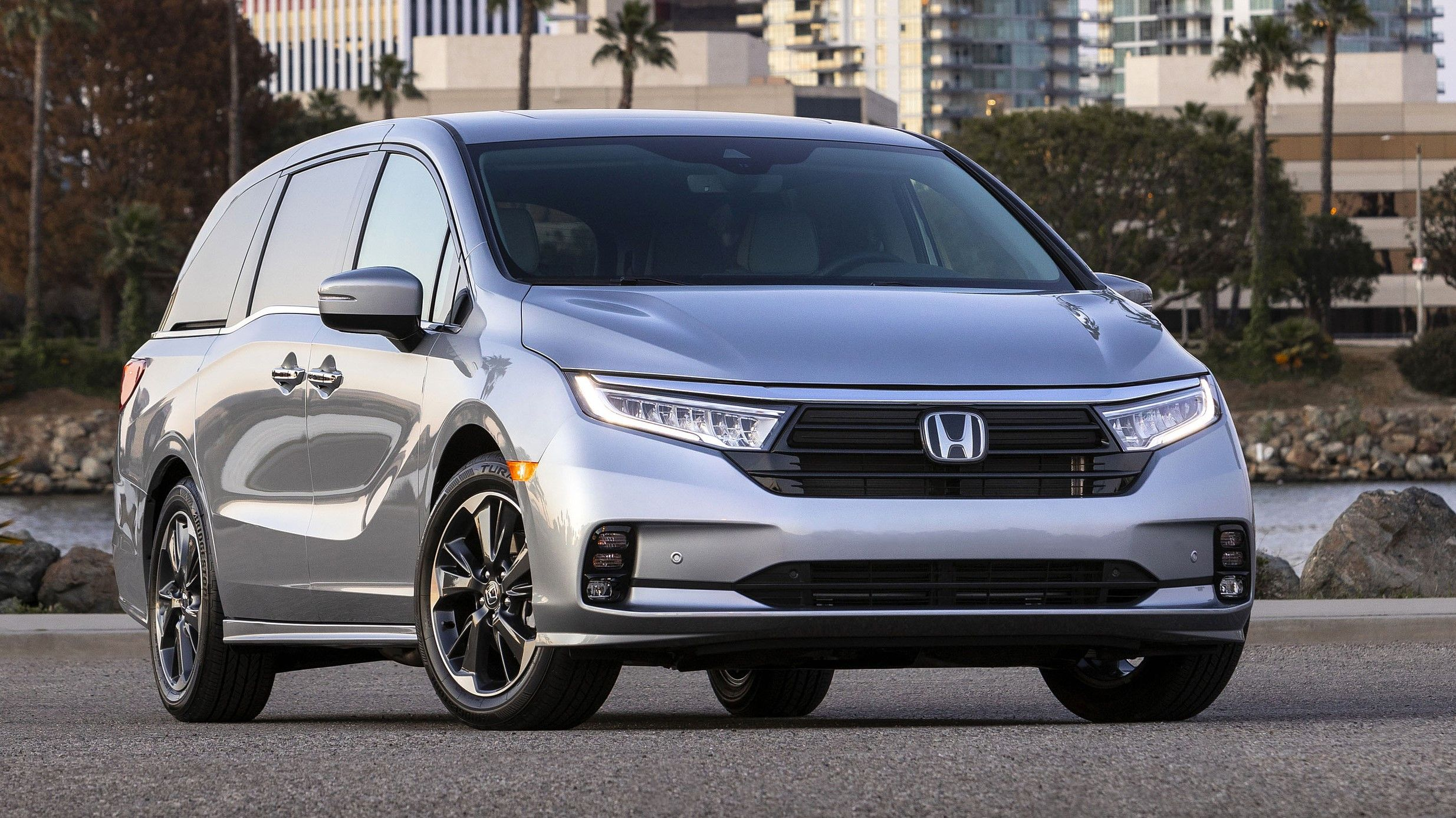 2021 Honda Odyssey Review- Changes, Price, Interiors ...