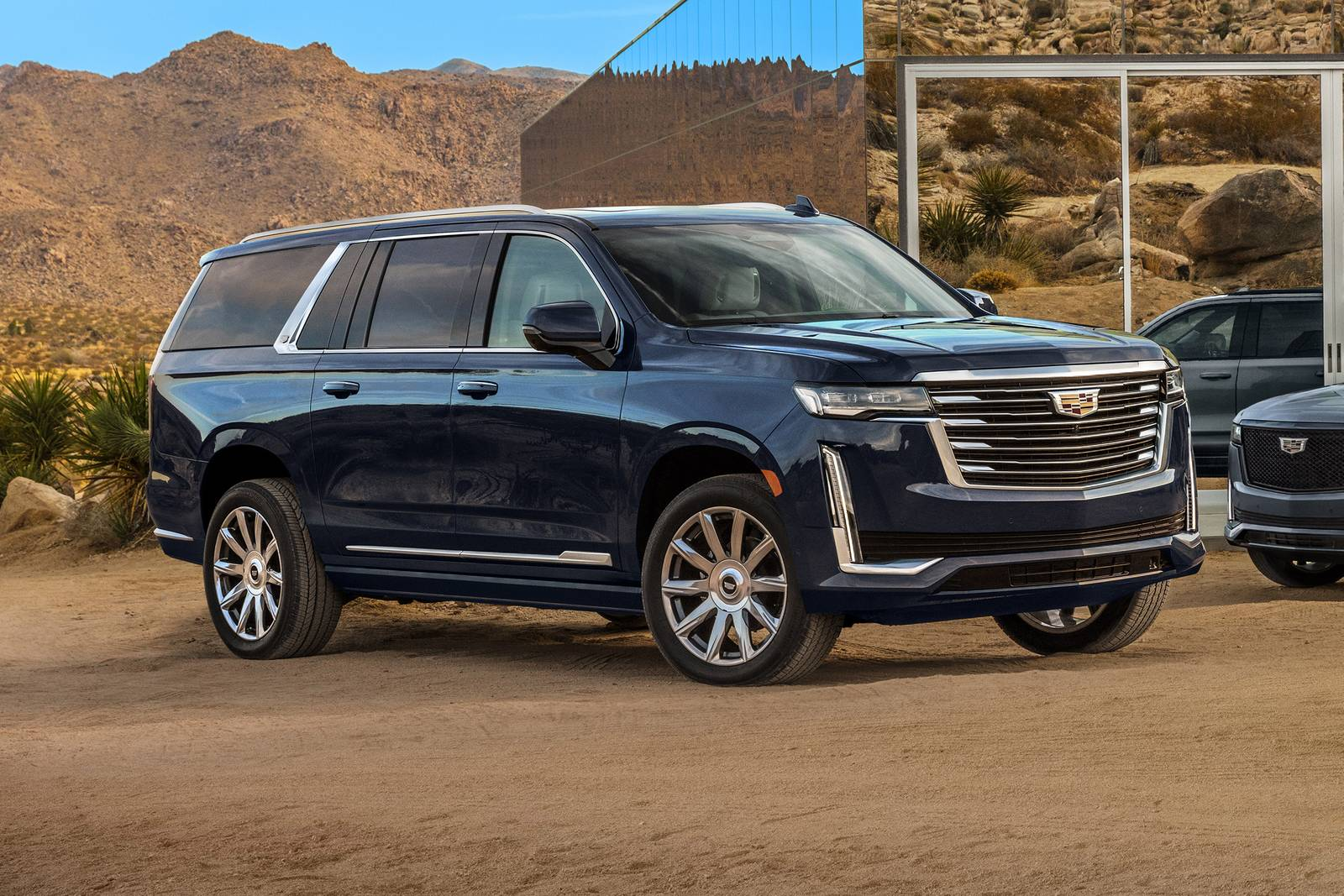 2021 Cadillac Escalade ESV SUV Price, Review, Ratings and ...