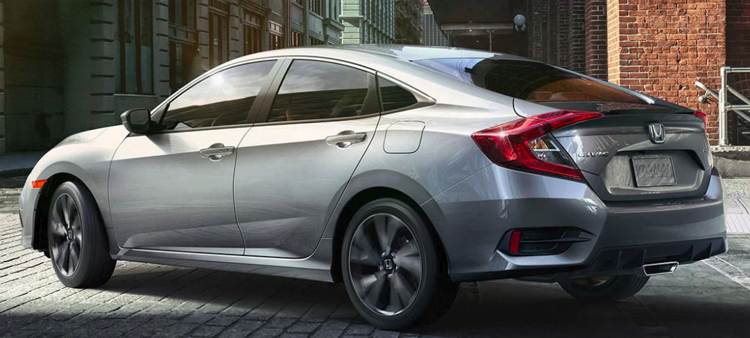 2021 Honda Civic Sport with center exhaust outlet